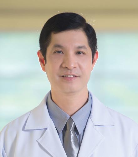Dr Piyapas