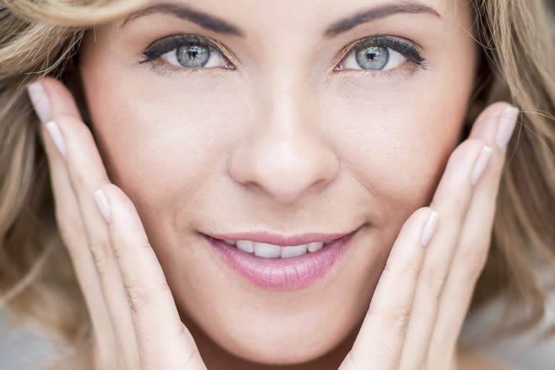 Cheek Implants – Remove The Signs of Ageing